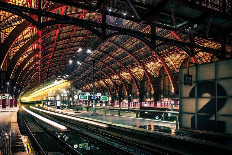 Centraal station – Trein vertrekt